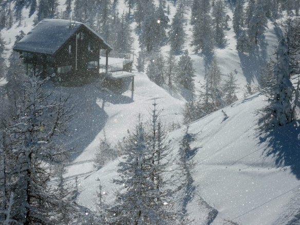 Sestriere skiing tour with light snow photo Henrik Elstrup