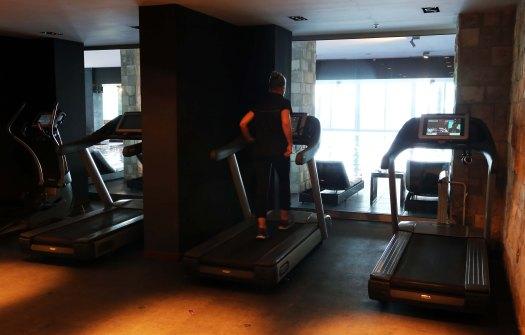 M Avala fitness jog
