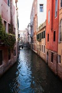 Venedig kanal og bro