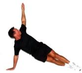Sideplanke_med_rotation_kropsvaegttraening_Muskeltraening_bog