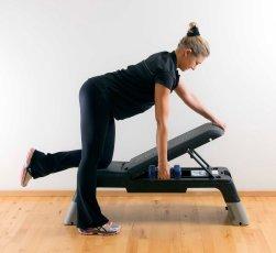 One_arm_row_kneeling_1_Marina_Aagaard_fitness_blog