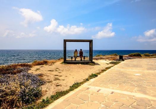 Cyprus_Pafos_beach_walk_shelter_photo_Henrik_Elstrup