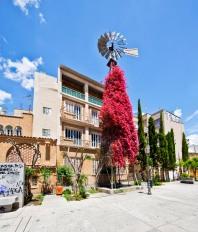 Cyprus_Nicosia_Square_w414X2355
