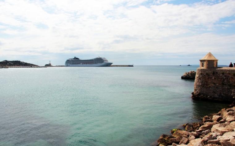 Cruise_ship_Ibiza_Marina_Aagaard_fitness_blog
