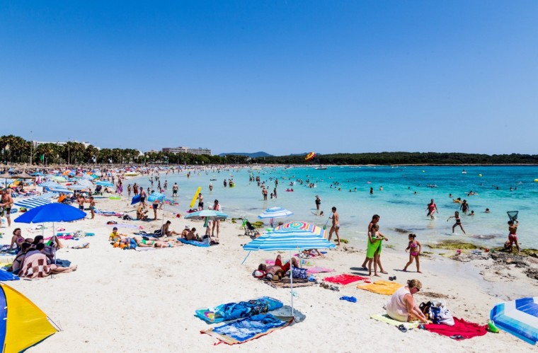 Mallorca_Sa_Coma_beach_Marina_Aagaard_fitness_blog