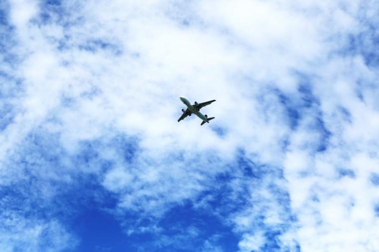 Cruise_airplane_flight_sky_photo_Henrik_Elstrup