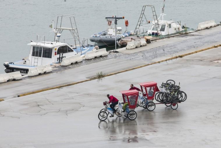 Krydstogt_Bari_cykeltaxaer_paa_kaj_Marina_Aagaard_fitness_blog