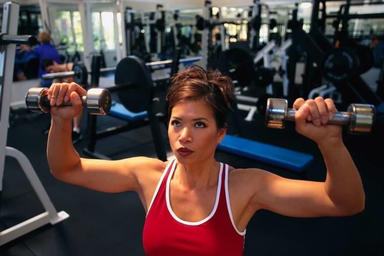 Fitnesspriser_kvinde_i_fitnesscenter