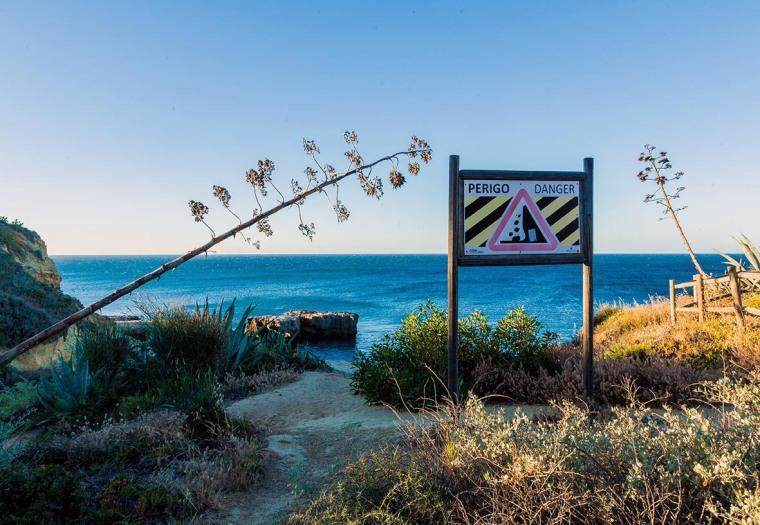 Algarve_Perigo_Sign_Marina_Aagaard_blog