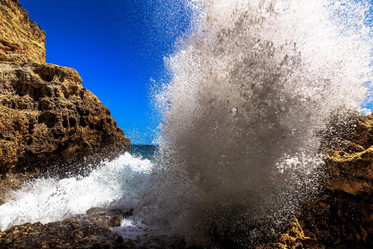 Algarve_Wave_Big_IMG_9527