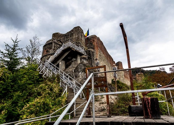 Poenari_Castle_Romania_Roadtrip_Marina_Aagaard_blog