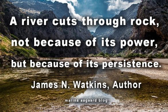 river_cuts_through_rock_20150718-img_4972twt