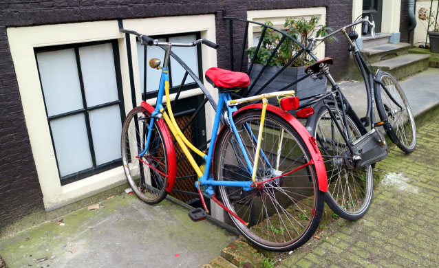 Amsterdam_Holland_Colour_Bike_Marina_Aagaard_blog