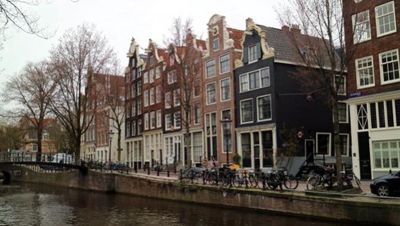 Amsterdam_Holland_Houses_Marina_Aagaard_blog